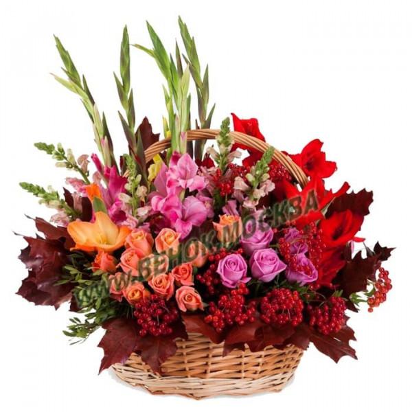 корзина из живых цветов КРЖ-31